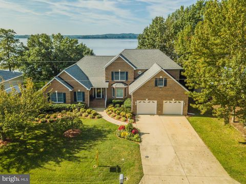 Photo of 35365 Army Navy Dr, Mechanicsville, MD 20659