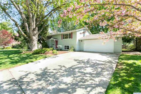 Photo of 567 Holly St, Richland, WA 99354
