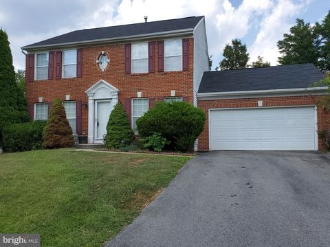 Photo of 6814 Springshire Way, Greenbelt, MD 20770