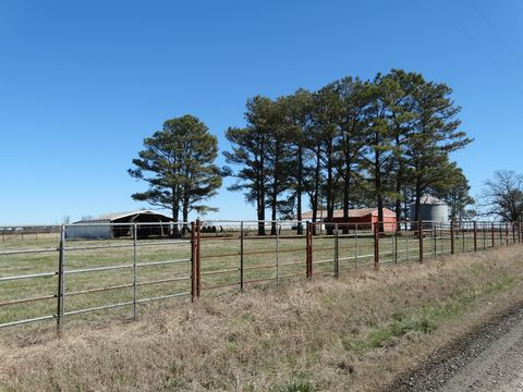 Photo of 180 Sumac Rd, Wilburn, AR 72179