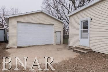 204 N Buchanan St, Heyworth, IL 61745