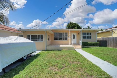 Photo of 1111 Stillwater Dr, Miami Beach, FL 33141