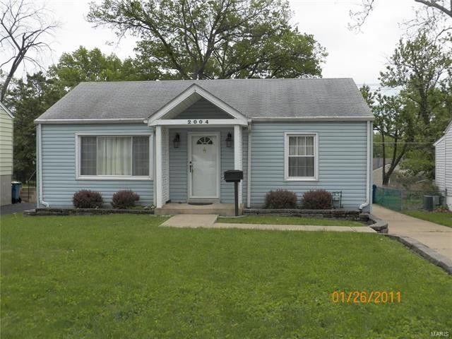 2004 Wismer Ave, Saint Louis, MO 63114