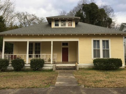 304 S Long St, Aberdeen, MS 39730