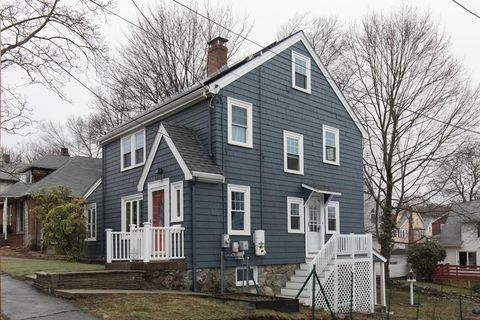 Photo of 72 Roosevelt Rd, Medford, MA 02155