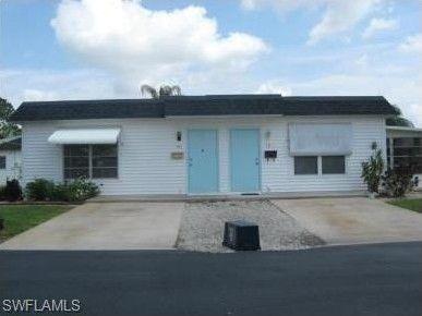 42 Tangelo Ct Lehigh Acres FL 33936