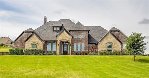 Photo of 12609 Bella Amore Dr, Fort Worth, TX 76126