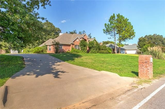 9717 Ravenswood Rd, Granbury, TX 76049