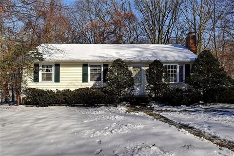 Photo of 34 Old Middletown Ave, East Hampton, CT 06424