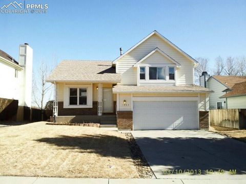 Photo of 1550 Witches Willow Ln, Colorado Springs, CO 80906
