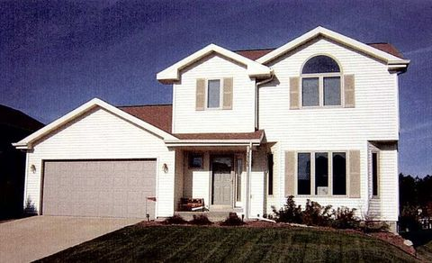 Photo of 5506 Quarry Hill Dr, Fitchburg, WI 53711