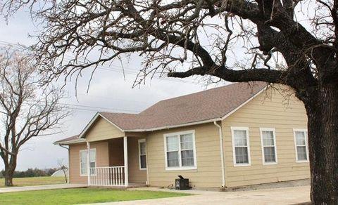 Photo of 603 Iowa St, Keene, TX 76059