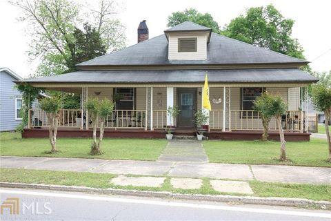Photo of 111 Johnson St, Cartersville, GA 30120