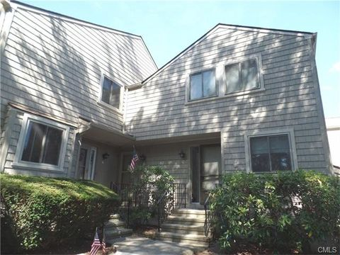 97 Penny Meadow Ln Unit C, Stratford, CT 06614