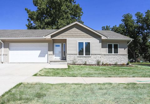 Photo of 317 E 4th St, Logan, IA 51546