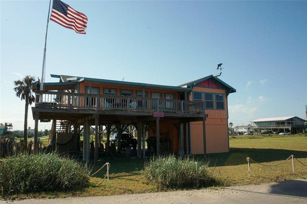 1018 Beach Dr Surfside Beach Tx 77541 Realtorcom