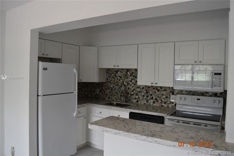 Photo of 601 Se 5th Ct Apt 301, Fort Lauderdale, FL 33301