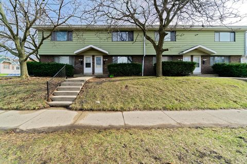 Photo of 5805 W Mitchell St, West Allis, WI 53214