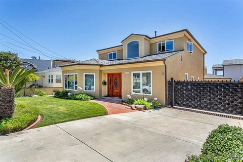 Photo of 3655 Garfield St, Carlsbad, CA 92008