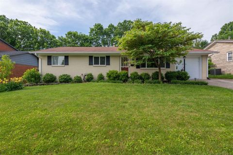 Photo of 884 Summerville Dr, Lexington, KY 40504