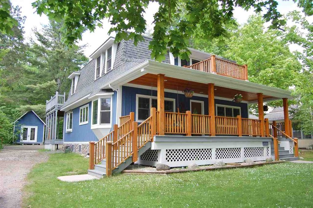 2027 Northshore Dr Walloon Lake Mi 49796 Realtor Com 174
