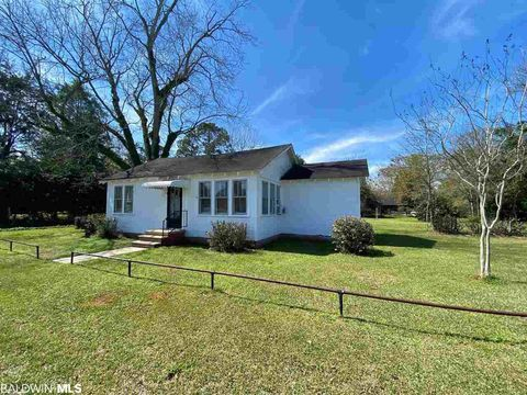 Photo of 1059 N Alabama St, Loxley, AL 36551