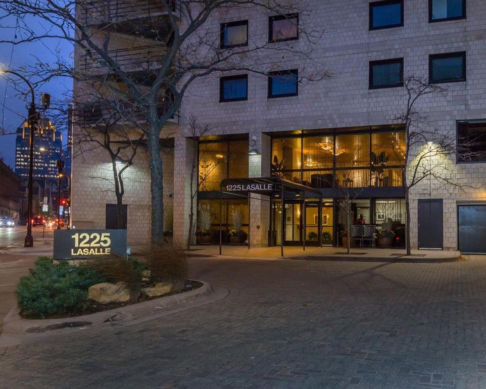 1225 Lasalle Ave Apt 907 Minneapolis Mn 55403
