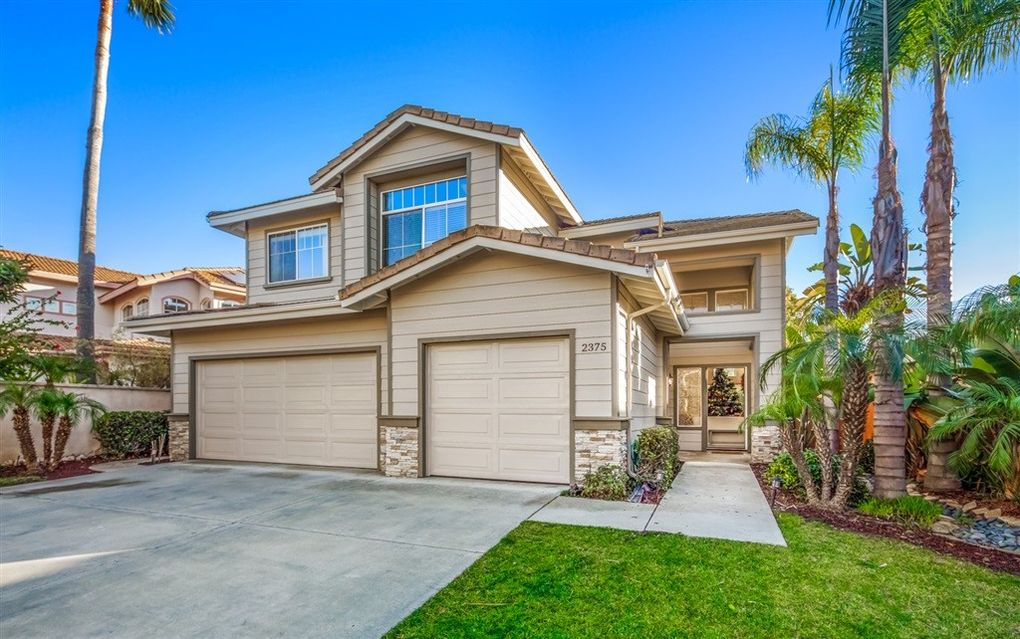 2375 Rock View Gln, Escondido, CA 92026