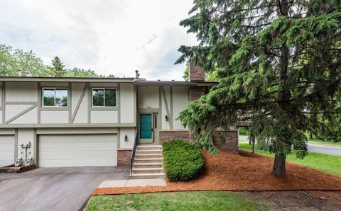 Photo of 7601 Wedgewood Ct N, Maple Grove, MN 55311