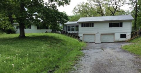 Photo of 26 White Pine Dr, Grayson, KY 41143