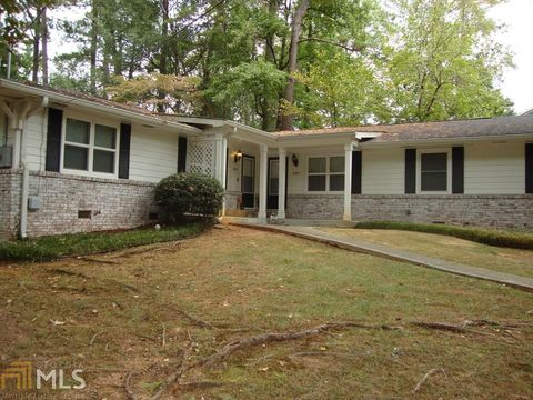 Photo of 2760 Amelia Ave, Decatur, GA 30032