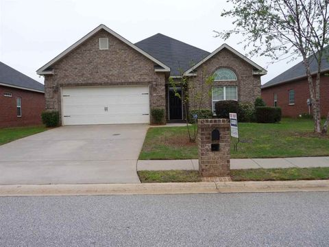 Photo of 128 Glen Arbor Ln, Warner Robins, GA 31088