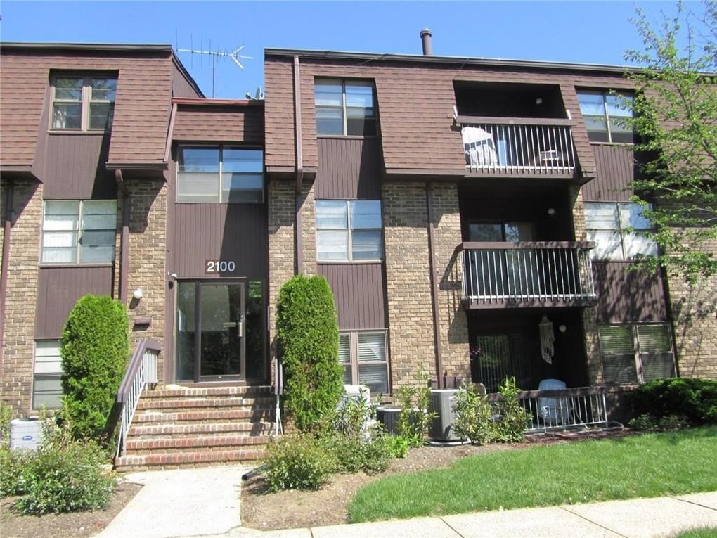 2121 Old Stone Mill Dr Unit 2100 East Windsor, NJ 08512