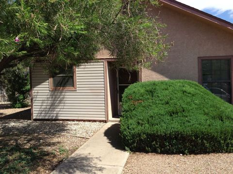 Photo of 1033 W Poe St, Roswell, NM 88203