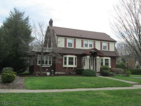Photo of 27 Mansion Blvd, Altoona, PA 16602
