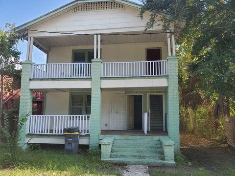 Photo of 2054 Broadway Ave, Jacksonville, FL 32209