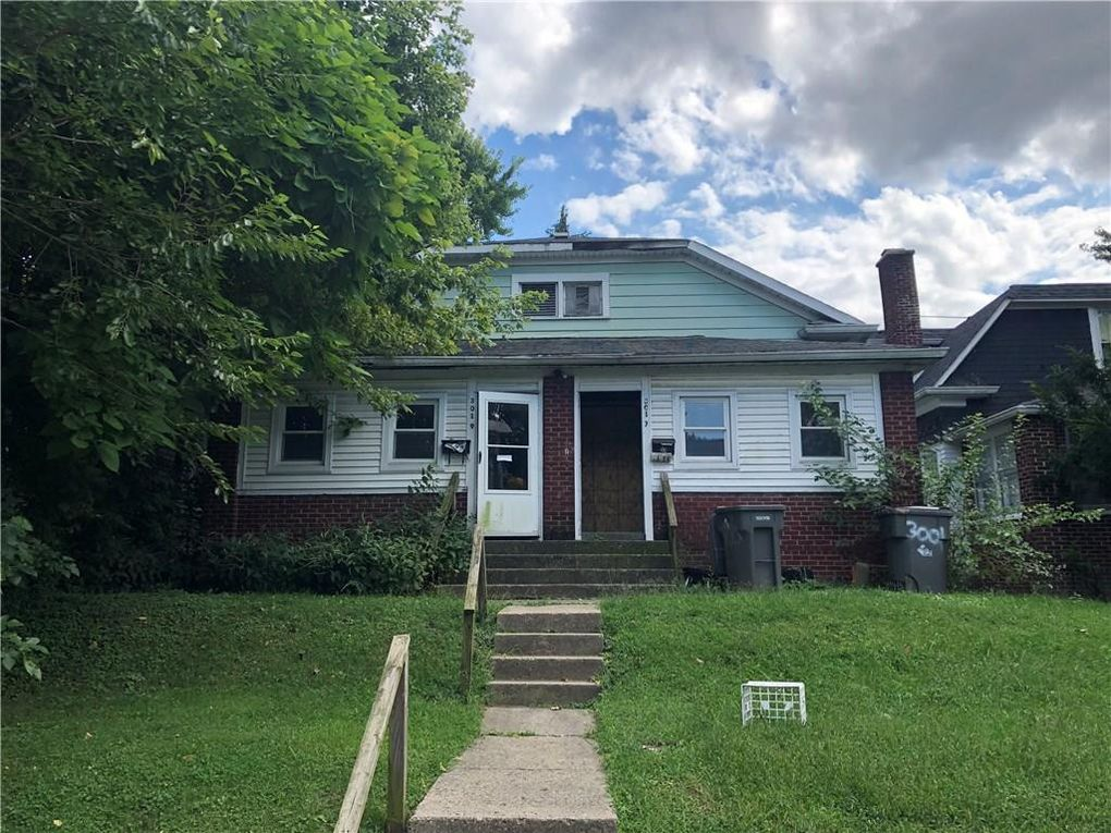 3017 Nowland Ave Indianapolis, IN 46201