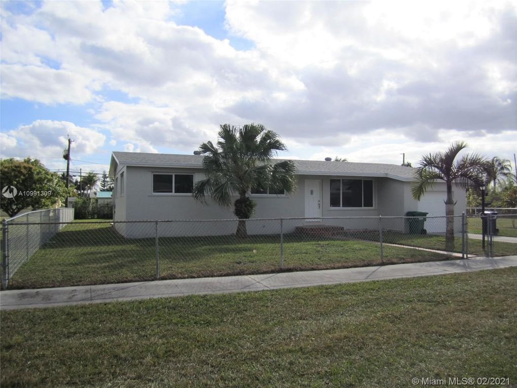 18950 SW 311th St Homestead, FL 33030