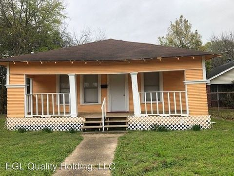 Photo of 755 Doucette Ave, Beaumont, TX 77701