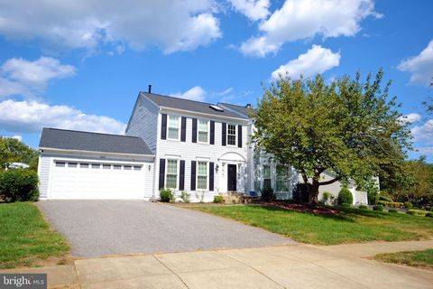 Photo of 13908 Amberly Ct, Bowie, MD 20720