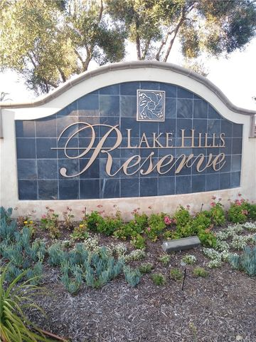 Photo of 18282 Lakepointe Dr, Riverside, CA 92503