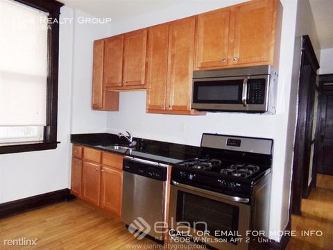 Photo of 1608 W Nelson St Apt 2, Chicago, IL 60657