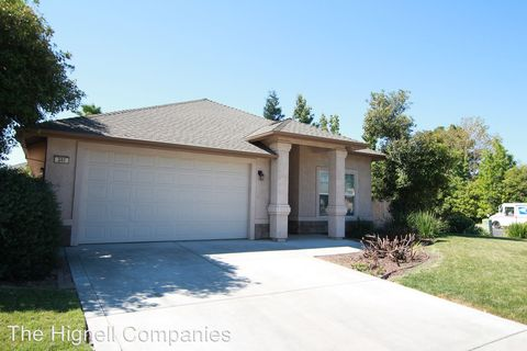 Photo of 341 Bell Way, Orland, CA 95963