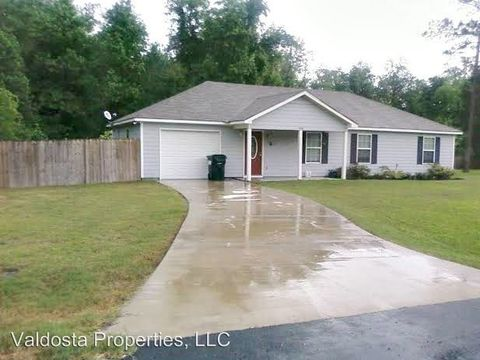 Photo of 448 Pinedale Cir, Valdosta, GA 31602