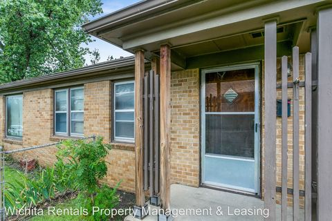 Photo of 4716 Arbor St, Wichita, KS 67218