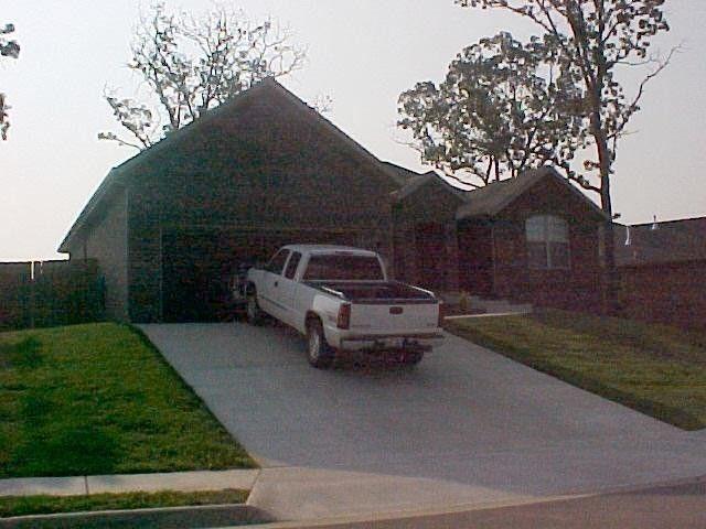 290 Coopers Way, Centerton, AR 72719