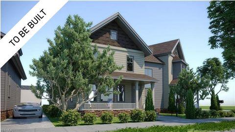 2107 Robin St, Lakewood, OH 44107