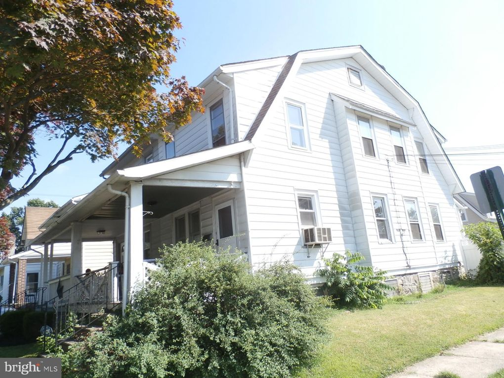 201 W Ashland Ave Glenolden, PA 19036