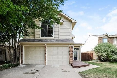 Photo of 1229 Settlers Way, Lewisville, TX 75067