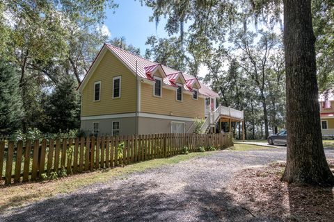 Photo of 5150 Ravens View Rd, Johns Island, SC 29455